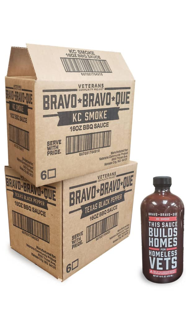 two bbq sauce boxes with text 'Bravo Bravo Que' and flavors KC smoke and Texas Black pepper